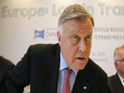 Новость на Newsland: Владимир Якунин: rто-то должен остановить безумие