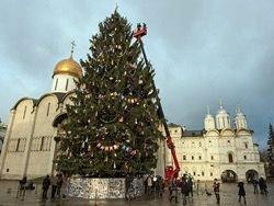 Кремлевскую елку пустят на сувениры