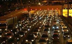 На МКАД столкнулись 15 автомобилей: серьезно ранены 5 человек