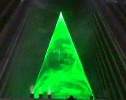 Лазерная елка в Японии (видео)