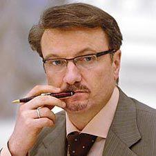 Новый глава Сбербанка Герман Греф намерен стать его акционером