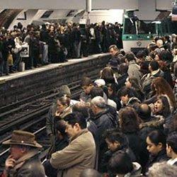 Забастовки транспортников испортят путешественникам отдых