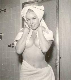 Откровенные снимки Джинн Кармен (Jeanne Carmen) – подруги легендарной Мэрилин Монро (фото)