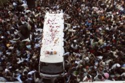 Бхутто похоронена. Пакистан погружается в хаос (фото)