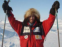 Британец Эдриан Хэйс достиг полюсов и Эвереста в рекордное время