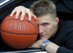 Андрей Кириленко получил травму в матче НБА