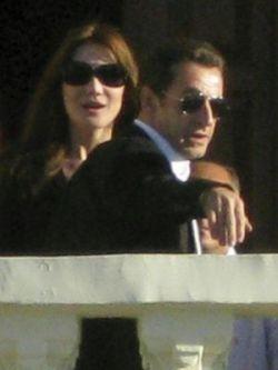 Папарацци «достали» Николя Саркози и в лодке