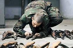 Срок военной службы в России с 1 января 2008 года составляет 12 месяцев