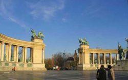 """Ралли \""""Дакар\"""" в 2010 году возьмет старт из центра Будапешта"""