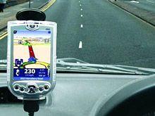 Система GPS навигации привела водителя под поезд