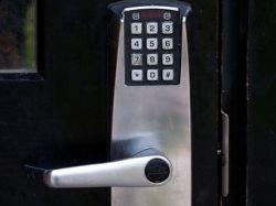 У лондонской полиции украли коды доступа в 73 участка