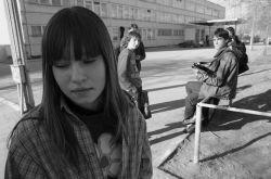 Живущие без родственников тинейджеры чаще меняют половых партнеров и злоупотребляют наркотиками