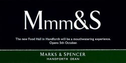 Marks & Spencer обрушил фунт