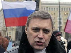 Реальная подпись в поддержку кандидата в президенты стоит доллар, нарисованная – рубль