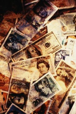 Эксперт: В 2008 году инфляция в РФ может составить 12-13%