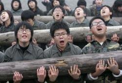 Тяжелая жизнь корейских школьников (фото)