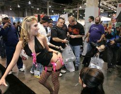 В Лас-Вегасе открылась выставка современных технологий для порно (фото)