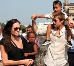 В семье Анджелины Джоли и Брэда Питта появится 5 ребенок