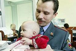 В ближайшем будущем загранпаспорта придется оформлять даже новорожденным