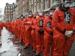 Акция протеста с требованием закрыть тюрьму Гуантанамо (фото)