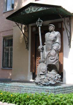 Москва превращается в кладбище ненужных памятников
