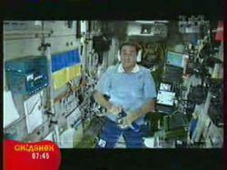 Как космонавты пьют водку в космосе? (видео)