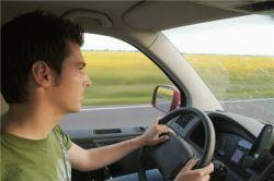 Право руля: выбираем автошколу
