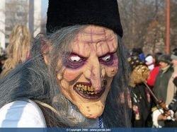 В Болгарии проходит традиционный карнавал масок (фото)