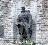 Защитников «бронзового солдата» в Таллине заранее признали виновными