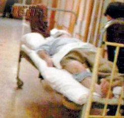 Парализованного Василия Аксенова несколько часов держали в коридоре
