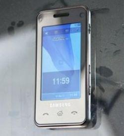 Samsung F490, возможно, «побьет» iPhone