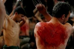 Ашура – день траура, поста и самоистязаний (фото)