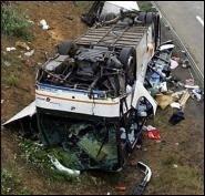 Авария школьного автобуса: вид изнутри (видео)