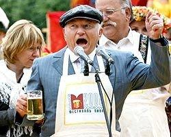 Московские власти первыми застолбили право контролировать рынок алкогольный продукции
