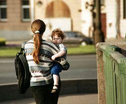 Рожать или работать: в России по-прежнему больше думают о карьере, чем о детях