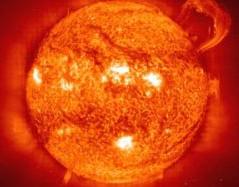 Увеличивающаяся активность Солнца может привести Землю к социальным потрясениям