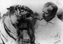 Циркачи и шоумены начала прошлого века (фото)