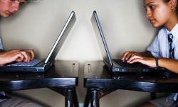 Сайты социальных сетей не выдерживают нагрузки