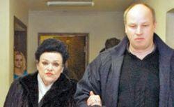 Людмилу Зыкину поднимают на ноги в КНДР