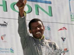 Великий эфиоп Хайле Гебреселасси выиграл марафон в Дубаи