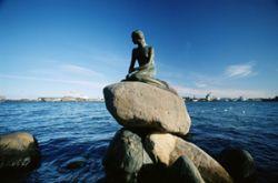 Копенгагенскую Русалочку уберут подальше от туристов
