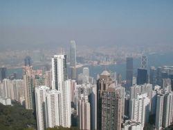 Самоубийца из Гонконга выжил после прыжка с 27 этажа