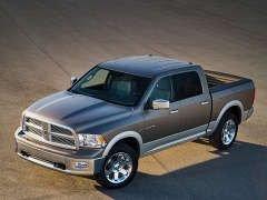 В Детройте Dodge Ram получил 2009-й «смокинг»