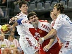 Российская мужская сборная по гандболу проиграла датчанам на чемпионате Европы