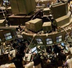 Заработать на минусе: чем хорош и чем опасен падающий рынок