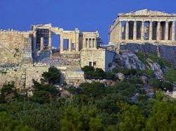 Столица Греции превратилась в город сердец. В Афинах открылся фестиваль скульптур