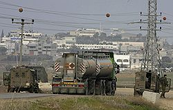 Израиль ослабил топливную блокаду сектора Газа