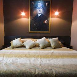 """Гостям нового отеля \""""Президент\"""" в Белграде предлагают переночевать с политиками"""