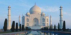 Во время работ по очистке Тадж-Махала мавзолей останется открыт для туристов