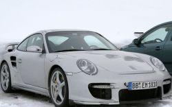 Питерская ГИБДД нашла применение Porsche